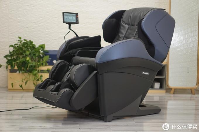 松下又出新品按摩椅,看这个价格是顶配了