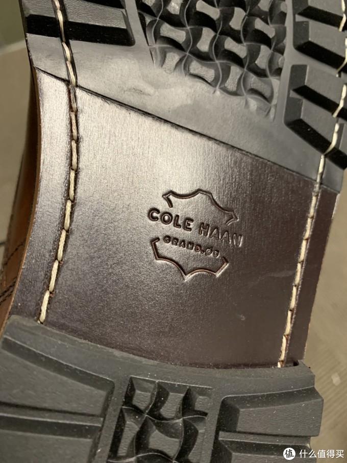 中规中矩的可汗马靴Cole Haan Raymond Chuck boot