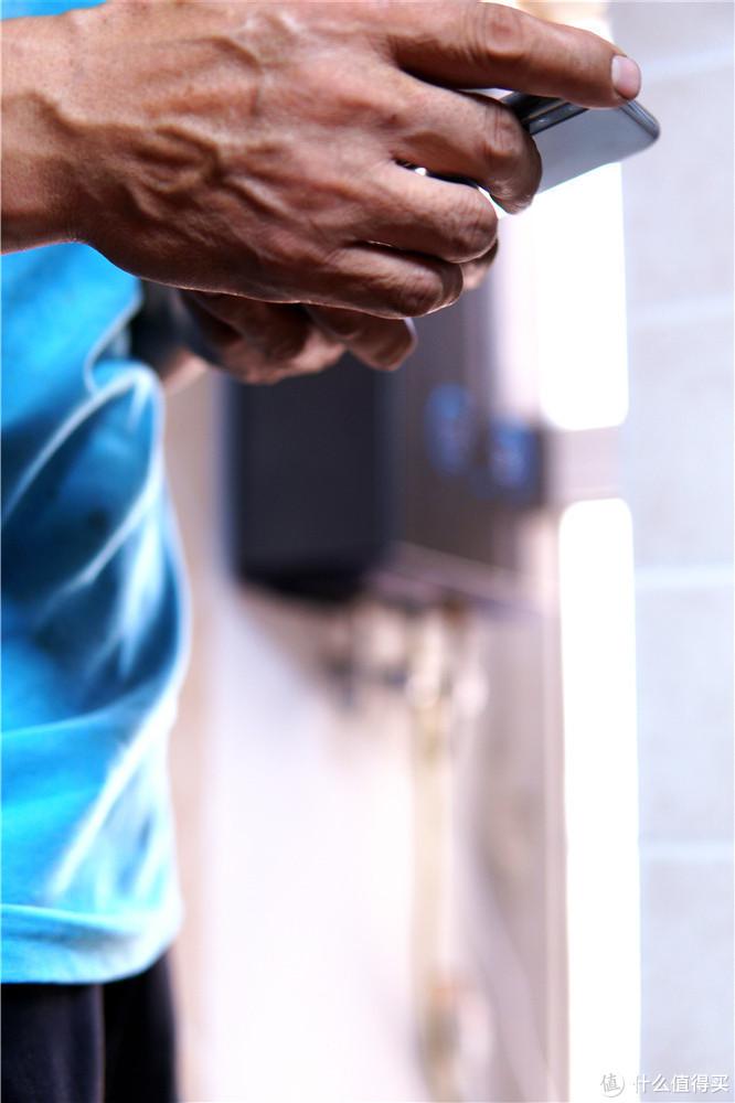 电热水器和燃气热水器哪个好?哪个适合家用?