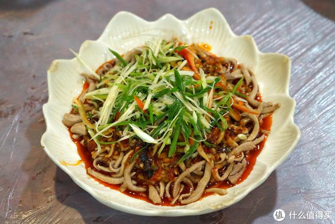 """民众普选""""米其林三星"""",值得专程一去的宝藏小馆:重庆北碚洪霞餐馆"""