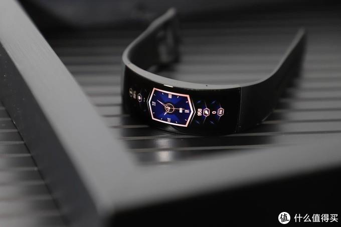 未来还未来,智能手表(手环)的未来是什么样子,深度体验Amazfit X智能手表