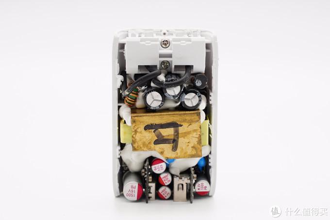 拆解报告:belkin贝尔金1A1C 30W快充充电器
