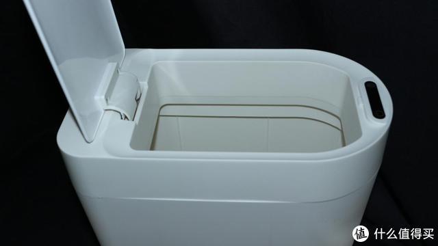 人体感应自动开合,百元级小向智能垃圾桶,专治卫生间异味