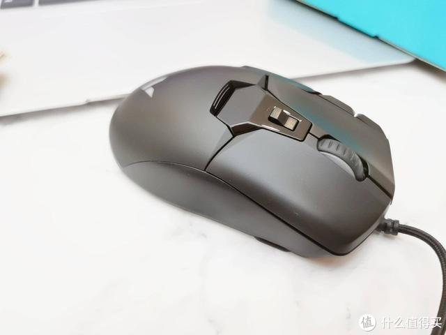左右开弓 | 雷柏V330游戏鼠标评测