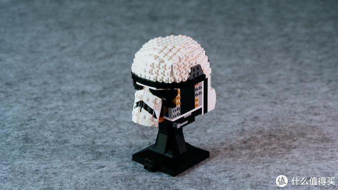 适合摆在桌上把玩的乐高set,星战白兵头盔开箱分享