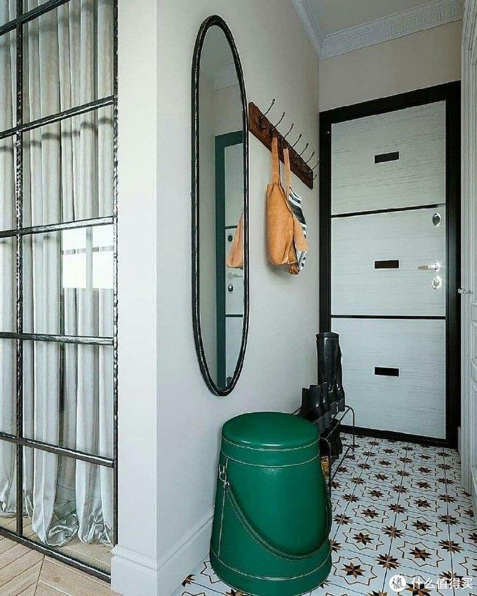 上海阿姨的28㎡独居生活:全屋复古风,入户的第一眼,让我心动了