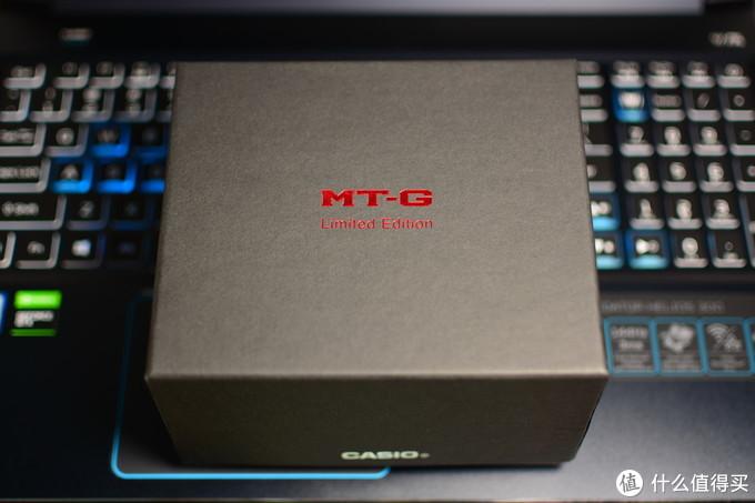 外包装盒,烫金的MT-G和Limited Edition