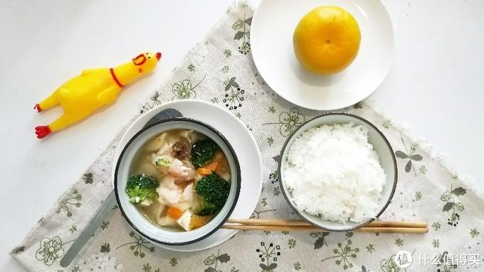 一菜一饭的简单饮食: 豆腐煮随便什么+蘑菇