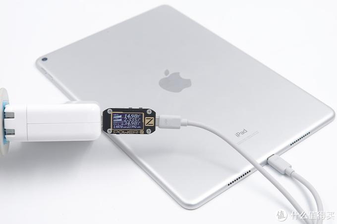 颜值和品质均在线:UIBI柚比硅胶苹果快充线评测