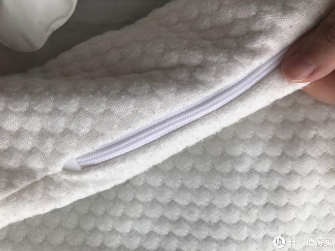 软管枕的枕芯套略有起坨