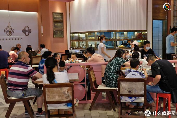 重庆的老字号丘二馆,1个人就消费65元,但真的不值得