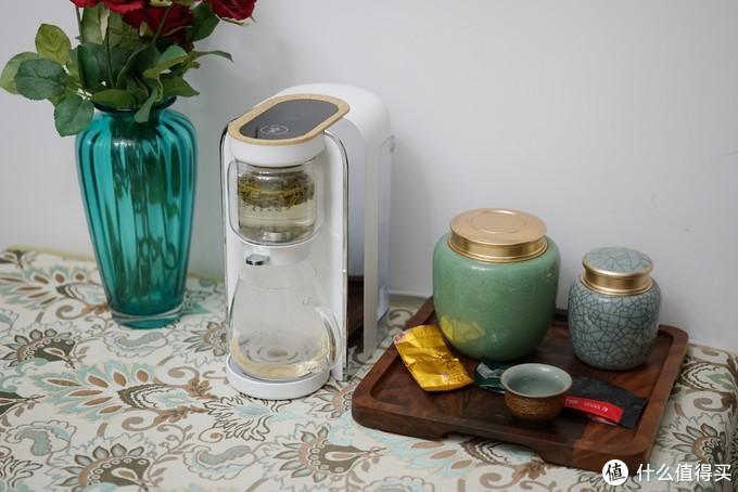 泡茶冲奶,一机多用!鸣盏茶饮机开箱体验