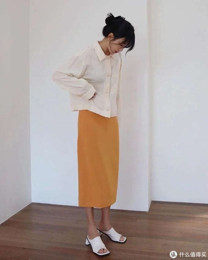 包臀裙怎么穿不显小肚子?这里有5个遮肉方法,轻松穿出好身材!