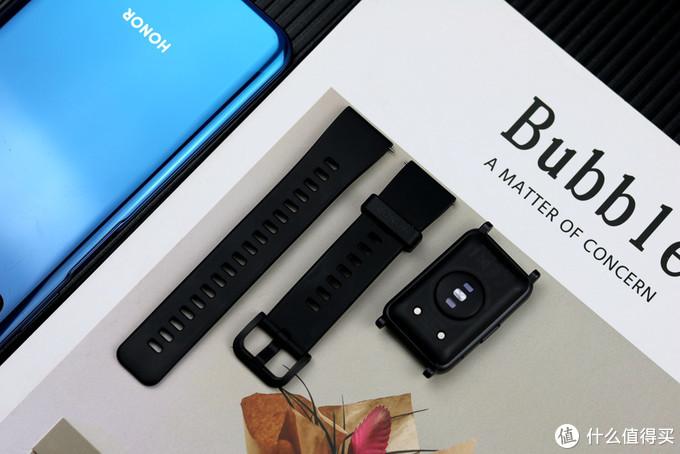 荣耀手表ES值得买吗?长方形大屏设计,健康运动功能比较全面