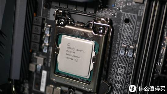 猛男必备!i7+2060s打造粉色Z490 ITX迷你主机