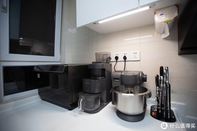 打造4.4㎡ 高低台全能小厨房,还有洗碗机/蒸烤箱/厨师机等厨房电器好物推荐