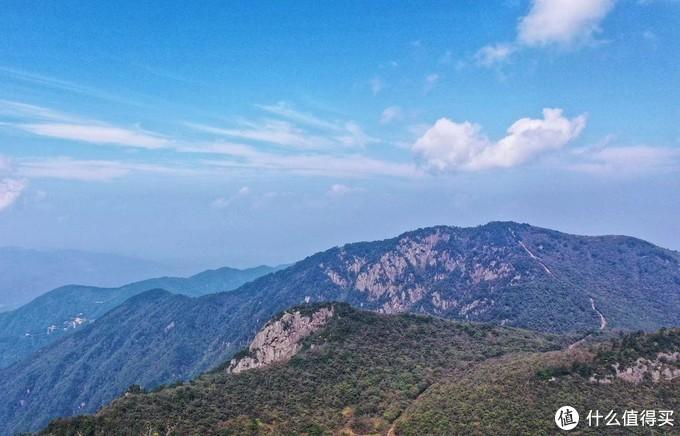龙王山远望药王峰