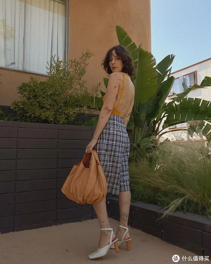 """抓住夏天的小尾巴,腿越粗越适合穿""""大裤衩"""",时髦的人都爱了!"""