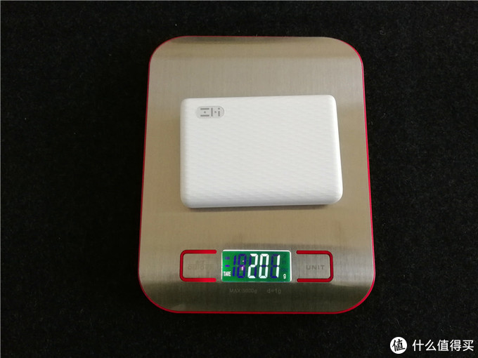小巧便携大容量,双向快充,ZMI紫米10000mAh迷你移动电源测评