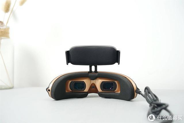 能够随身携带的4K蓝光3D影院:GOOVIS Pro 头戴显示器体验
