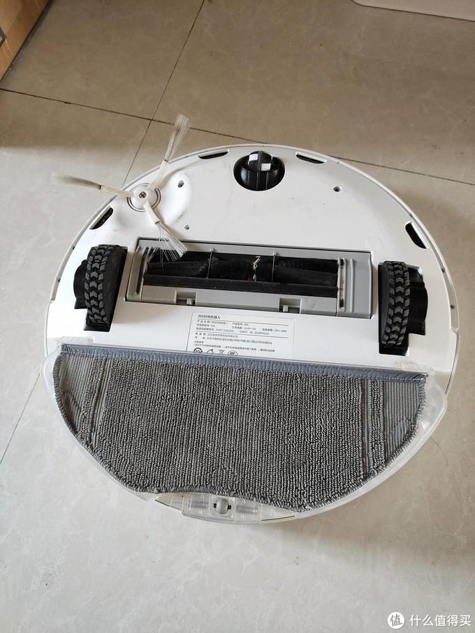 扫地机器人or无线吸尘器,哪一个更适合爱干净的你?