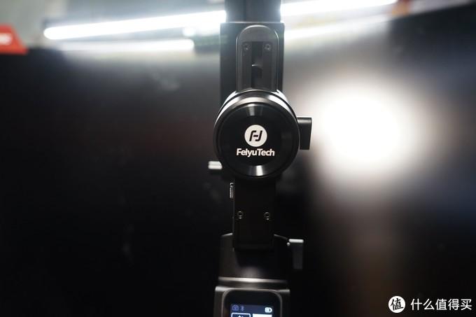 相机云台入门首选--飞宇AK2000C相机稳定器众测报告