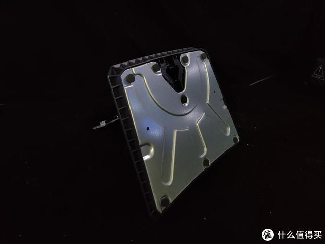 HKC-GF40开箱轻体验:自带物理外挂,千元不到144高刷显示器