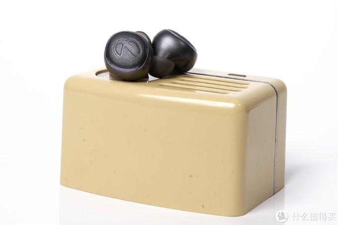 哈曼声学的入门体验—燕飞利仕 I600TWS入耳式真无线耳机