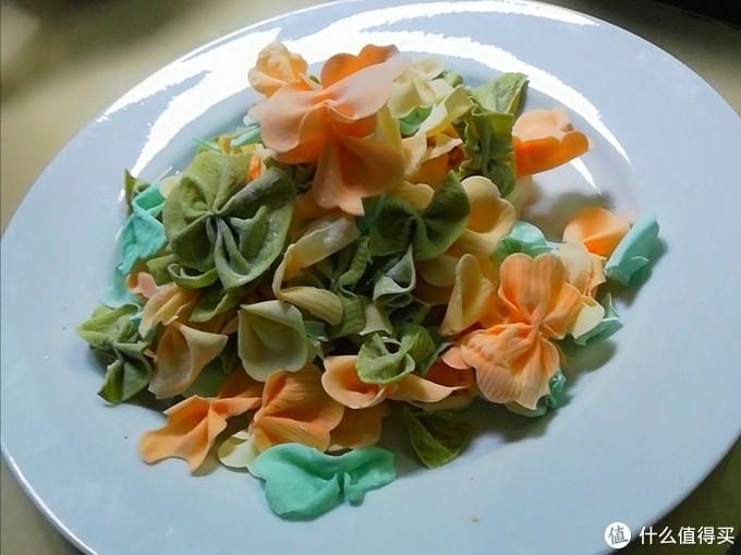 这款五颜六色的蝴蝶面,惊艳到你了吗,赶紧学着做