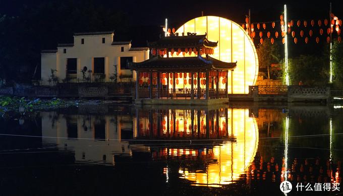 """全国最值得去的火锅店没有之一!坐在荷花丛中品,一家火锅一座城 - """"鲜龙井"""""""