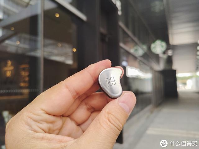 真无线蓝牙耳机玩内置耳放,究竟能不能拯救你的耳机音质?