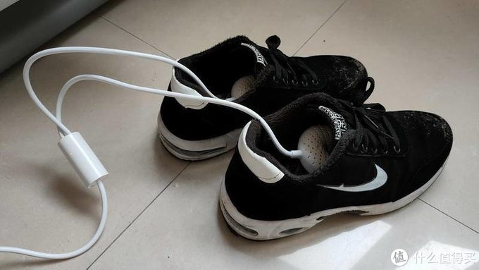 雨季湿鞋、汗脚怎么办?向物神器助你告别脚臭