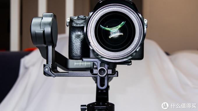 小小的身材有大大的力量--飞宇AK2000C相机稳定器众测报告