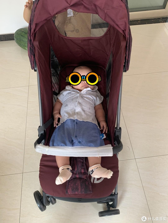 #奶爸带娃# 第一次入手京东备件库,客服让我小推车变床?