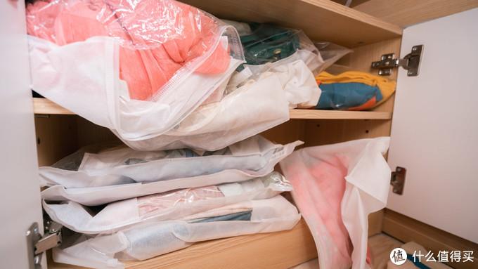 扔掉田园梳妆台,打造成写手账、藏汉服、做美妆的少女风工作台