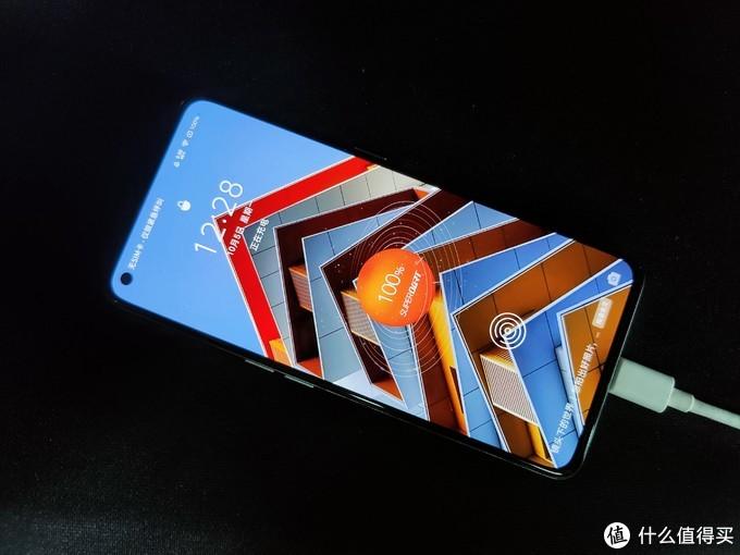 两部大火的天玑1000+手机:红米和真我x7Pro,谁更强?