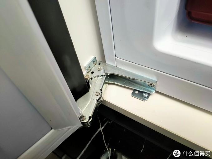 人傻钱多?颇具争议的嵌入式冰箱,到底是真值得还是智商税?