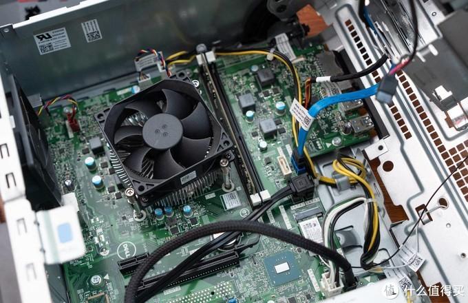 换32G内存、加120G固态,老电脑也能快到起飞,附纯国产内存条雷赤开箱