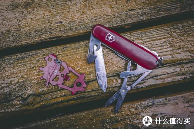SOG战斧套装,火红的SOG户外装备,假日出游也能轻装上阵