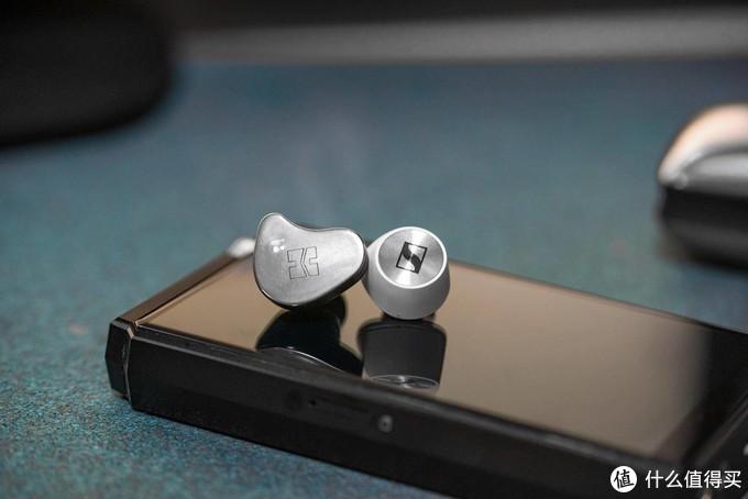 2款旗舰级真无线耳机,简单对比HIFIMAN TWS800和森海塞尔真无线木馒头2代
