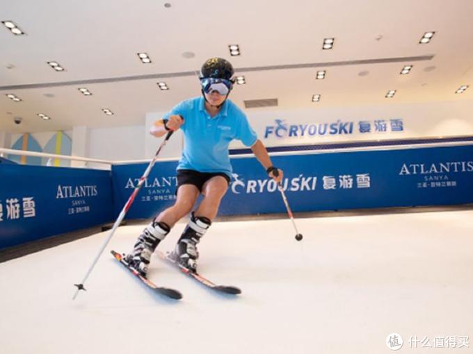 有专业的滑雪老师在这里指导。