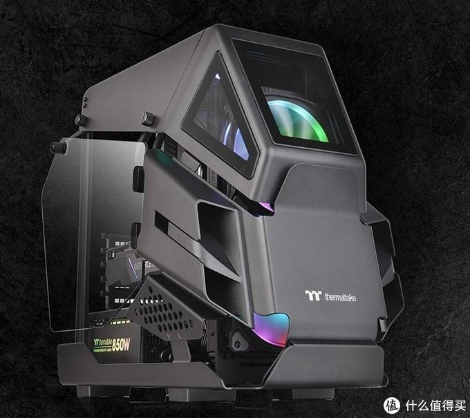 Thermaltake曜越正式发布AH T200机箱:战斗驾驶舱设计、强调空气动力学
