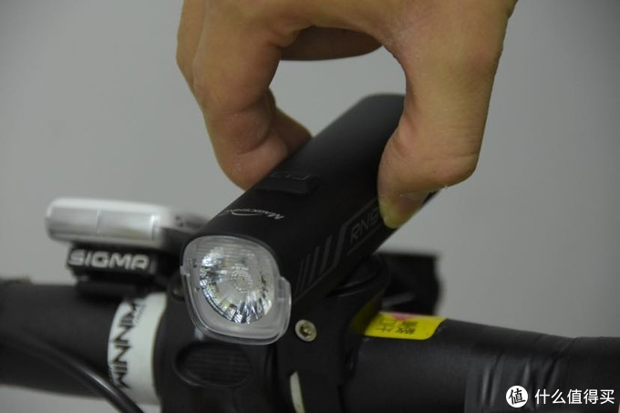 Magicshine 迈极炫RN900自行车前灯入手体验