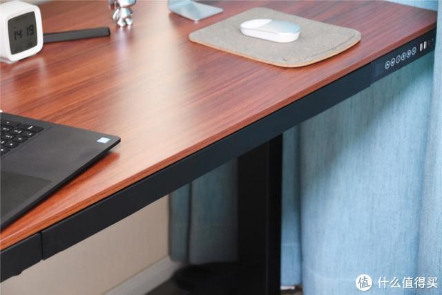 花一千多人买一个升降的办公桌是什么体验?——乐歌E5智能升降桌