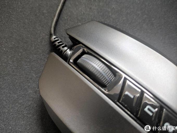 给你的游戏操作加点物理辅助,双飞燕血手幽灵V8MMax游戏鼠标评测