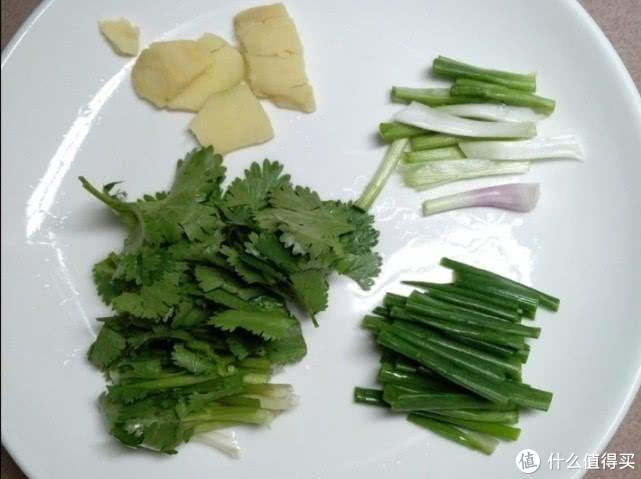 今天教你做顺德菜,煎焗鱼头,这样做外酥里嫩,鲜滑可口