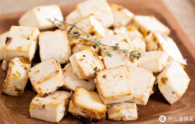 炖豆腐时,先炒白菜还是先炒豆腐?这才是正确做法,赶紧收藏