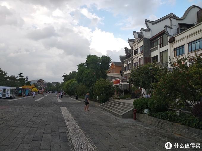 窑埠古镇一角,不知道是还没有开发,还是开发不成功,反正没有多少人气