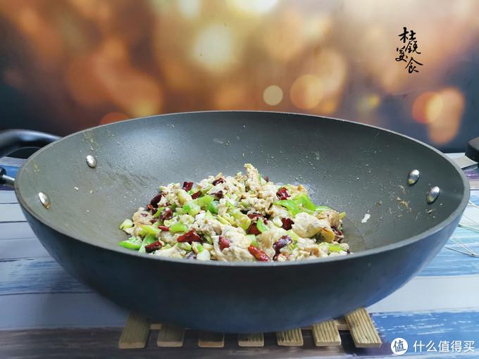 这食材被称为平民海鲜,吃过大多超40岁,鲜美了几代人的冬天