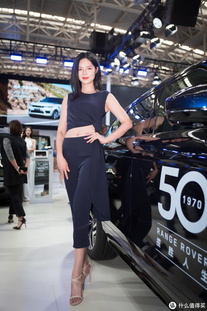 【多图预警】十一假期天津梅江车展:朋友看车,我拍车模